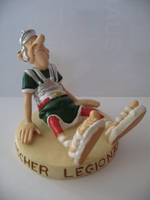 Asterix & Obelix beeldje #60 Legionär